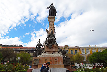 La Paz Plaza de Armas (RD)