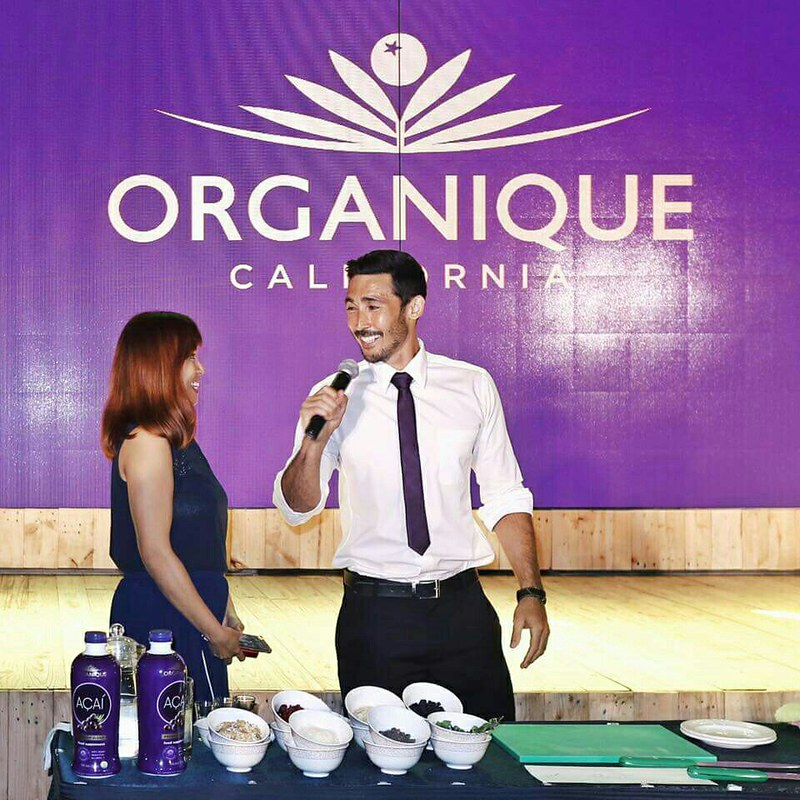 Organique Acai new look and endorser