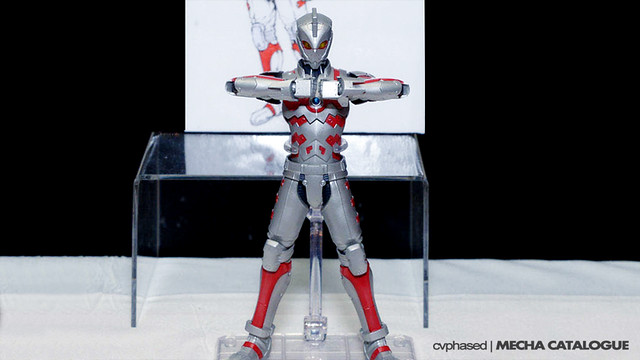 Wonder Festival Summer 2016 - Ultra-Act x S.H.Figuarts ACE SUIT