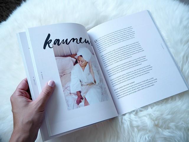 FashionbloggerBookAlexaDagmarBeautyP8174515,AlexaDagmarKirjaNuorenNaisenOpasP8174529,NuorennaisenopaskirjaalexadagmarP8174545, alexa dagmar, blogger, bloggaaja, kirja, book, nuoren naisen opas, a young woman's guide, fashion, lifestyle, muoti, blogi, oma tie, own way, opas, guide, book, inspiration, inspiration, book tips, kirja vinkit,   alexa dagmar nuoren naisen opas, kauneus, beauty,