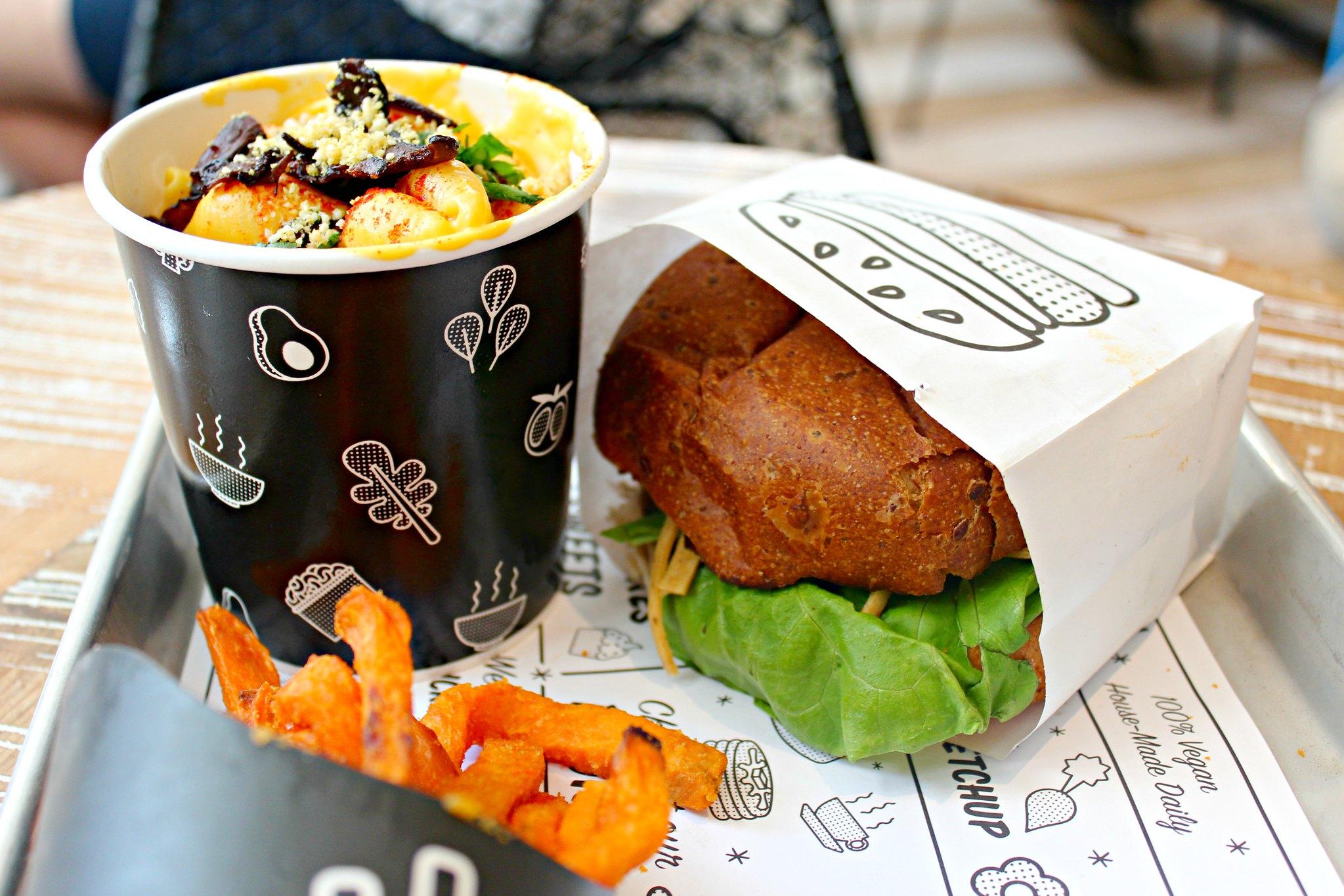 Testissä New Yorkin ravintolat, kuva vegaanista ateriasta SoHossa