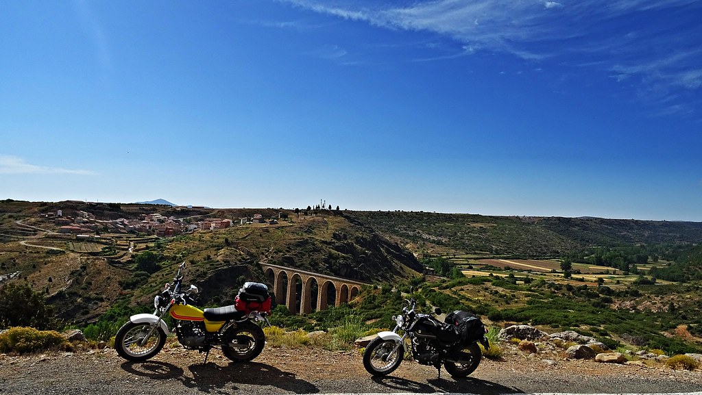 Viaducto de Albentosa (antigua vía del tren)