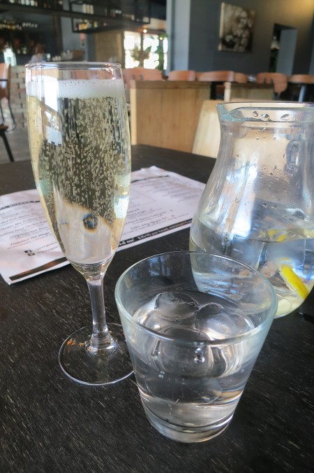 Glass of Printhie Brut sparkling
