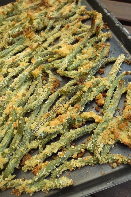 Haricots panés à l'ail et au Parmesan / Fried Garlic Parmesan Green Beans