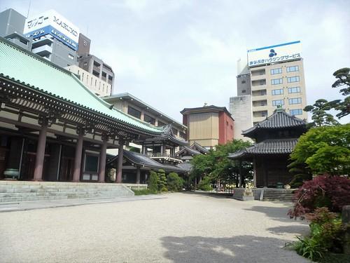 Jp16-Fukuoka-Temple Tochoji-J2(2)