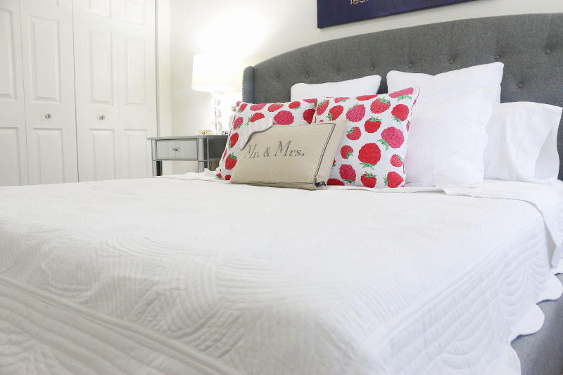 quilted-bedding-raspberry-pillows-12